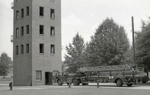 Старая тренировочная пожарная вышка