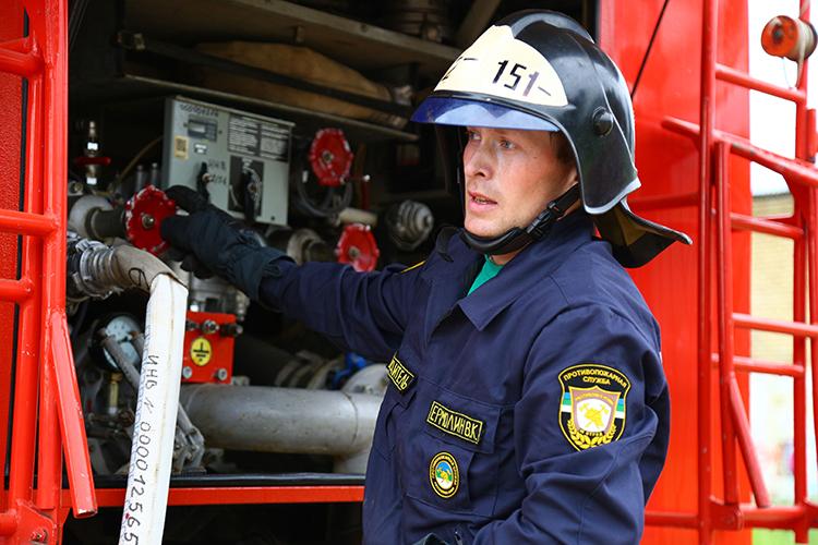 Обязанности водителя пожарного автомобиля на пожаре
