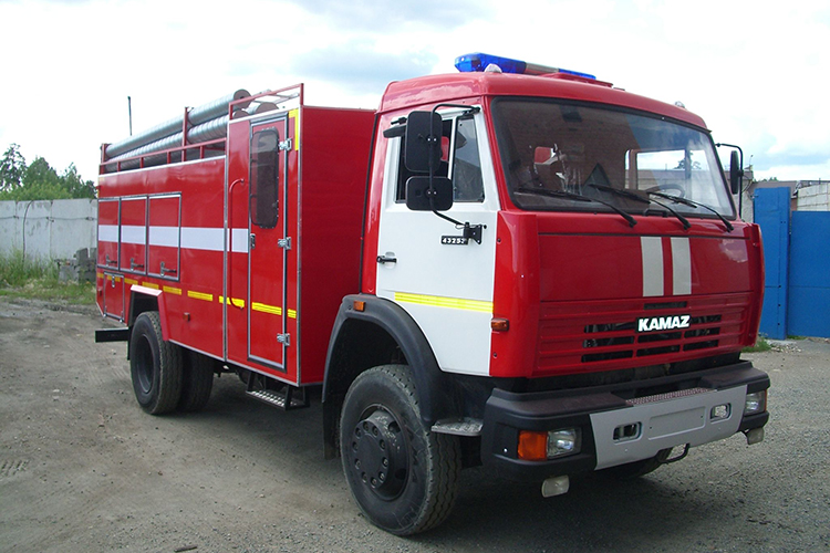 Автоцистерна КамАЗ-43253