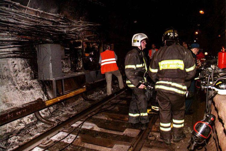 Тушение пожара в метро