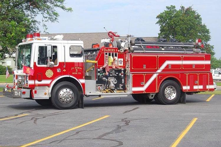 Американский пожарный автомобиль Mack