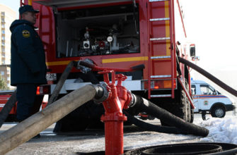 Забор воды пожарной машиной