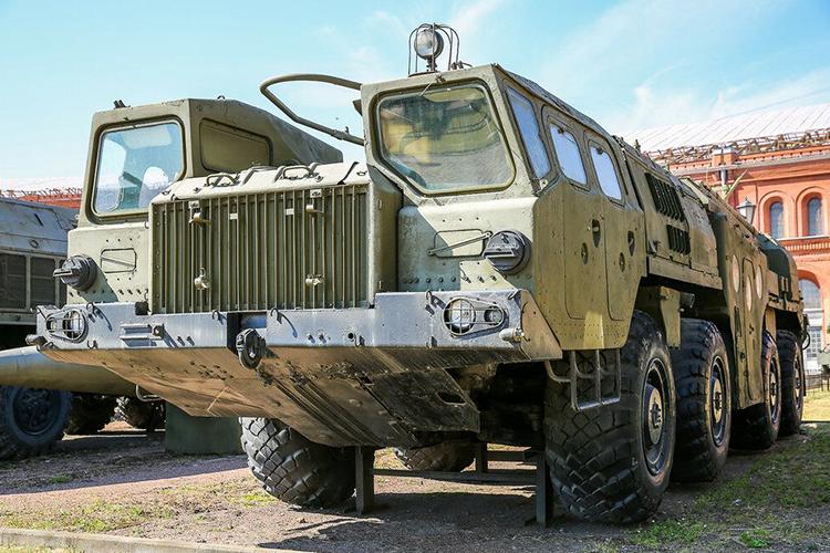 Военный МАЗ 7310
