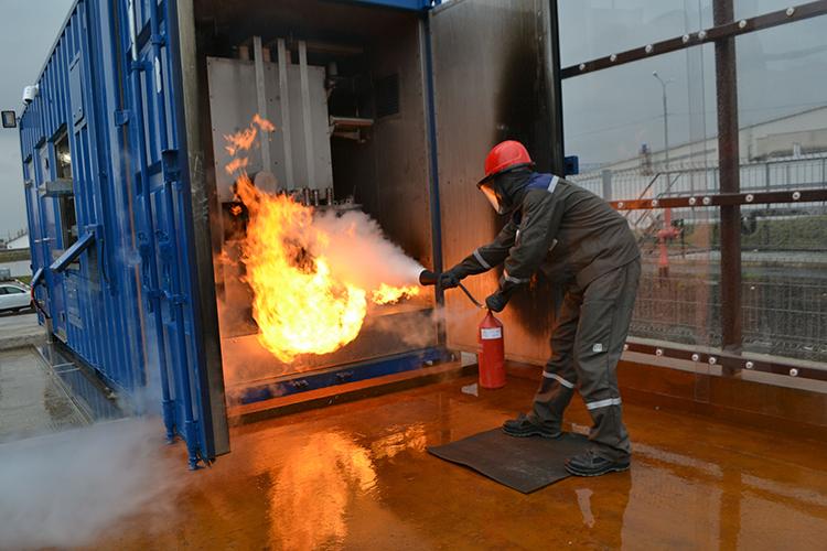 Оборудование для тушения электроустановок под напряжением