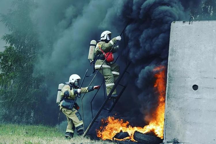 Работа группы на пожаре