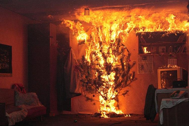 Пожар в комнате