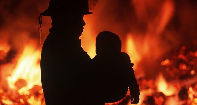Правильная последовательность действий при пожаре